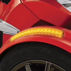 FRONT FENDER LED REFLECTOR (A)
